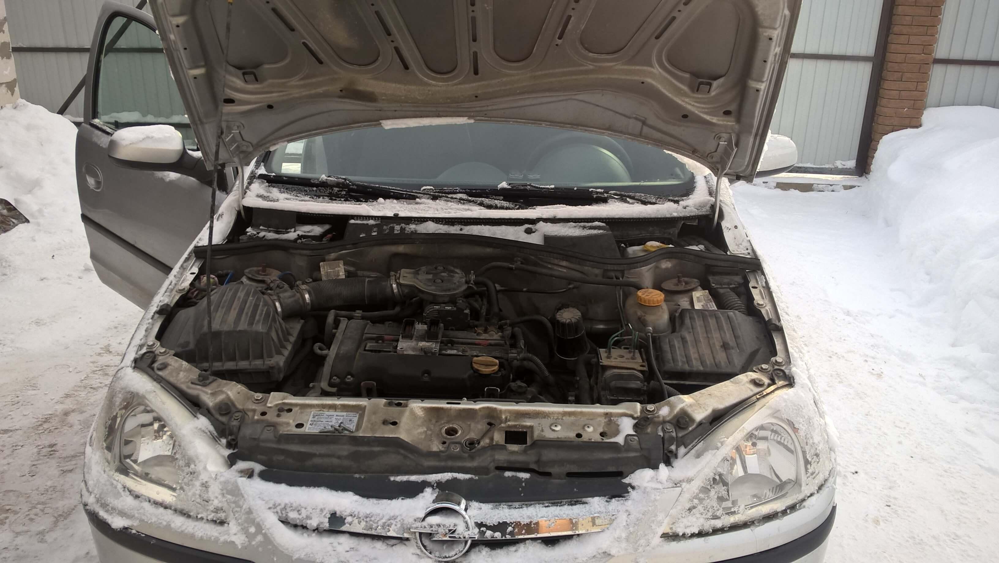 Замена и привязка ЭБУ двигателя Опель Корса